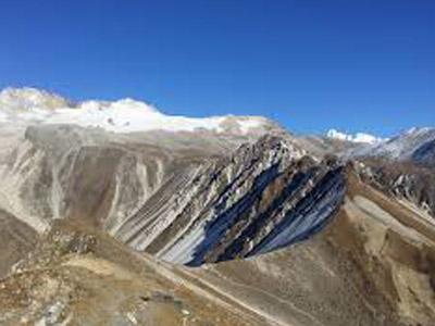 Yala-Peak-Climbing